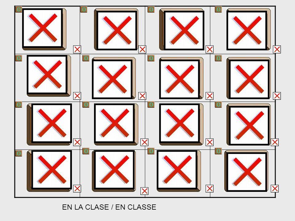 EN LA CLASE / EN CLASSE