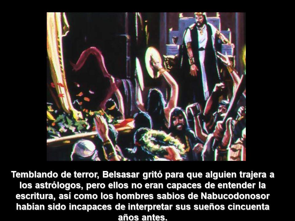 27 Seminario de las Profecías de Daniel REPASO (V/F) 1) Belsasar hizo una orgía de vino, en la cual él abiertamente desafió a Dios bebiendo en los vasos sagrados del santuario de Dios.