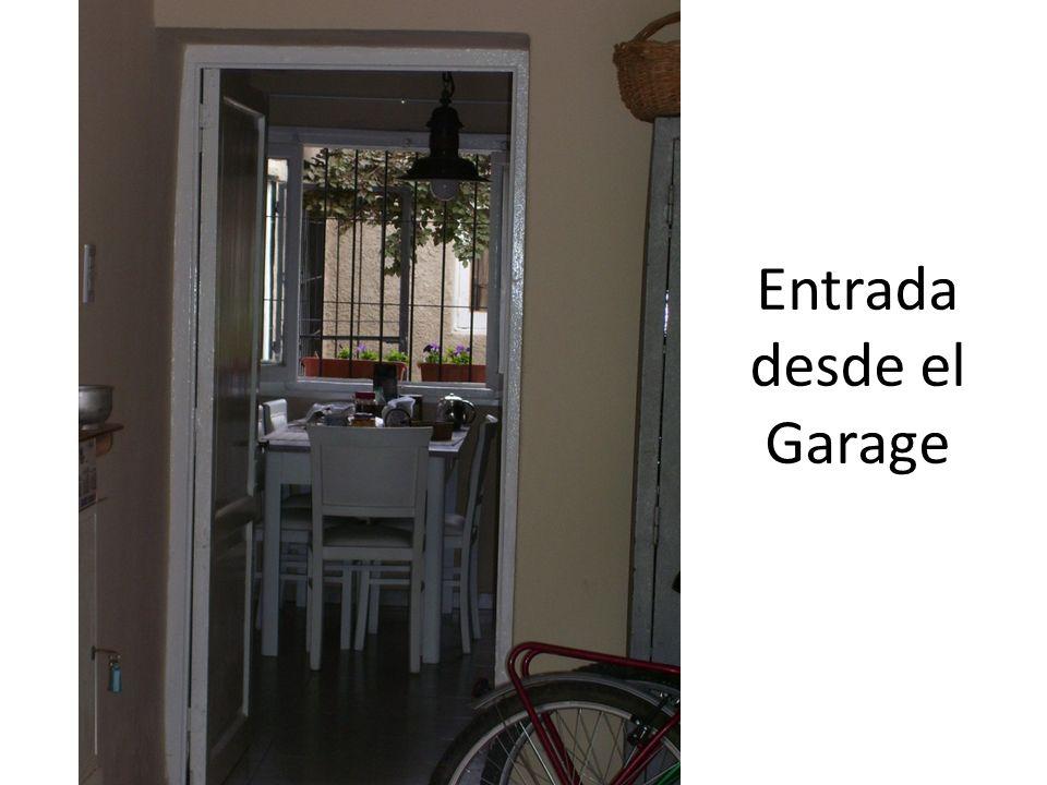 Entrada desde el Garage