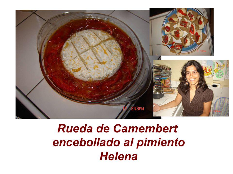 Rueda de Camembert encebollado al pimiento Helena