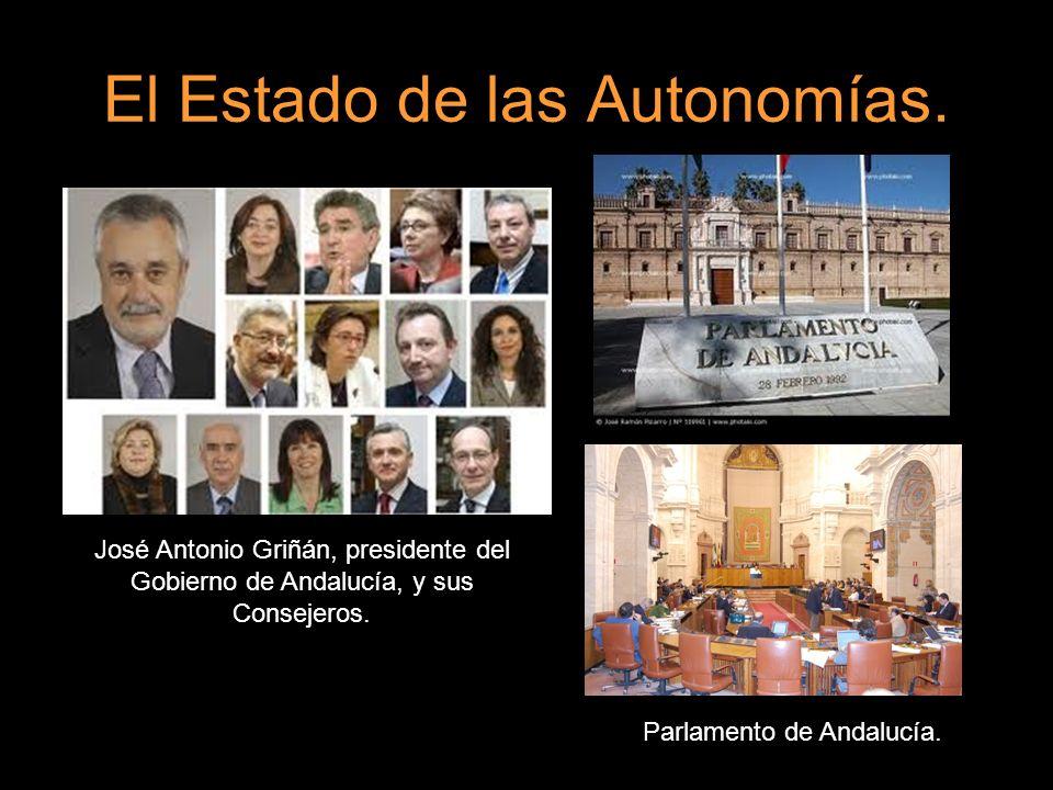 El Estado de las Autonomías. José Antonio Griñán, presidente del Gobierno de Andalucía, y sus Consejeros. Parlamento de Andalucía.