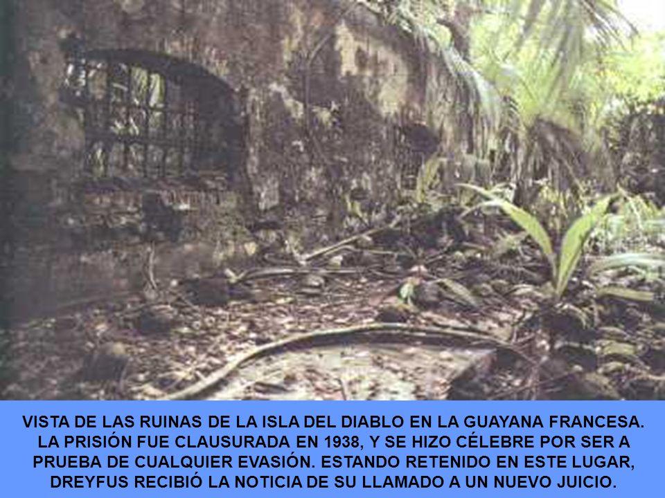 VISTA DE LAS RUINAS DE LA ISLA DEL DIABLO EN LA GUAYANA FRANCESA. LA PRISIÓN FUE CLAUSURADA EN 1938, Y SE HIZO CÉLEBRE POR SER A PRUEBA DE CUALQUIER E