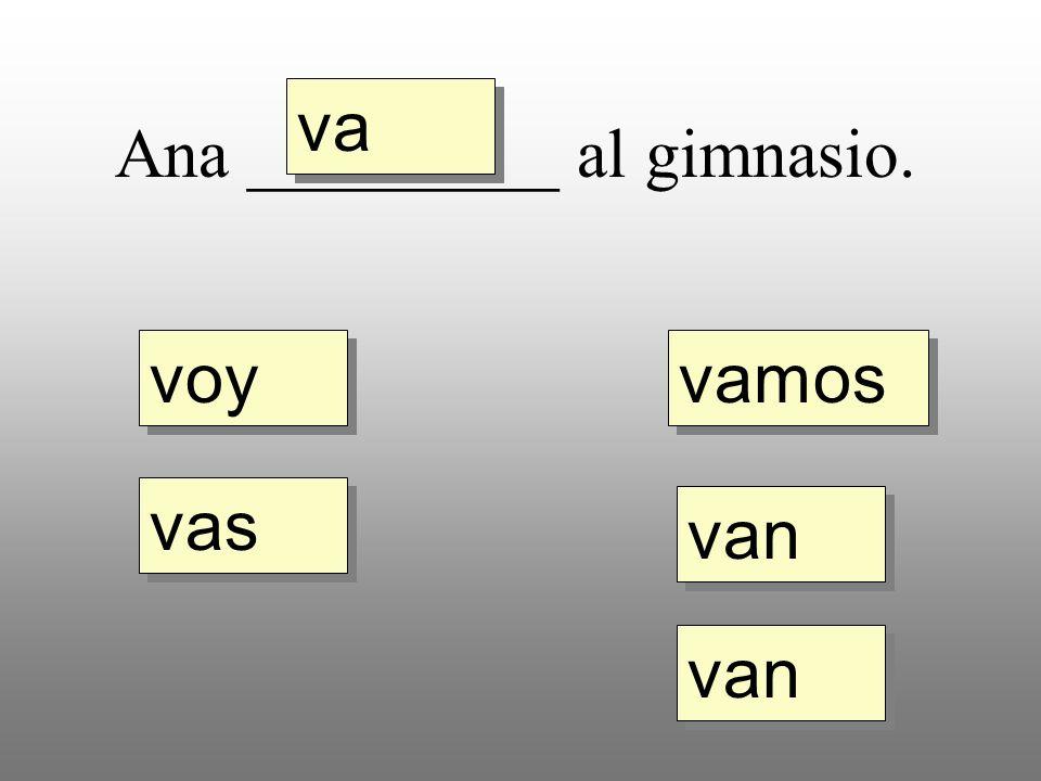 Choose either al or a la for the following sentences using the verb ir. a la al