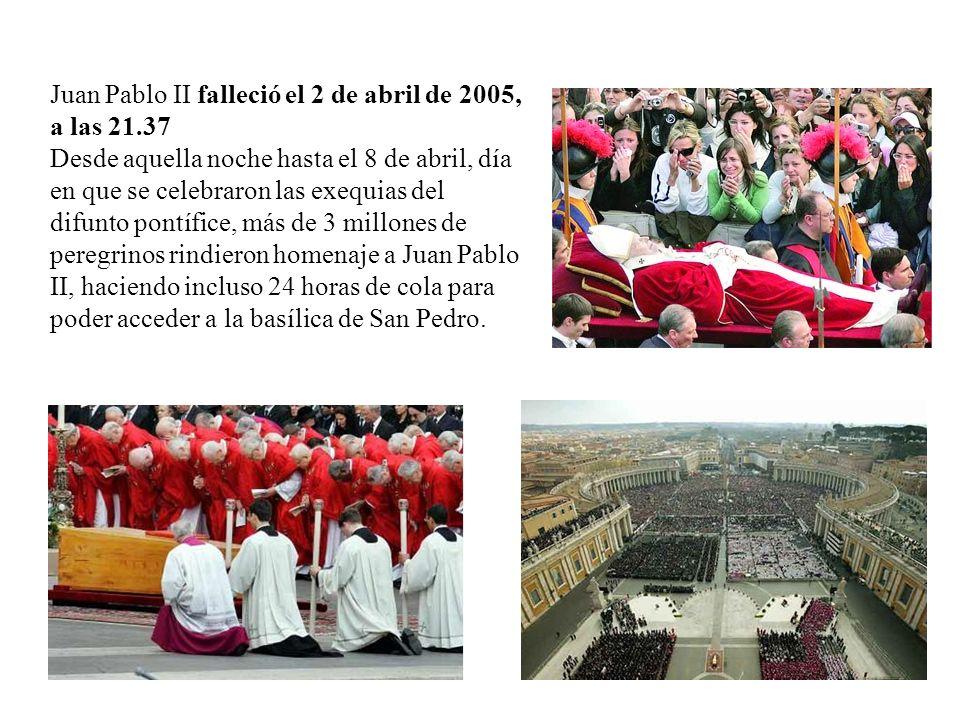 Juan Pablo II falleció el 2 de abril de 2005, a las 21.37 Desde aquella noche hasta el 8 de abril, día en que se celebraron las exequias del difunto p