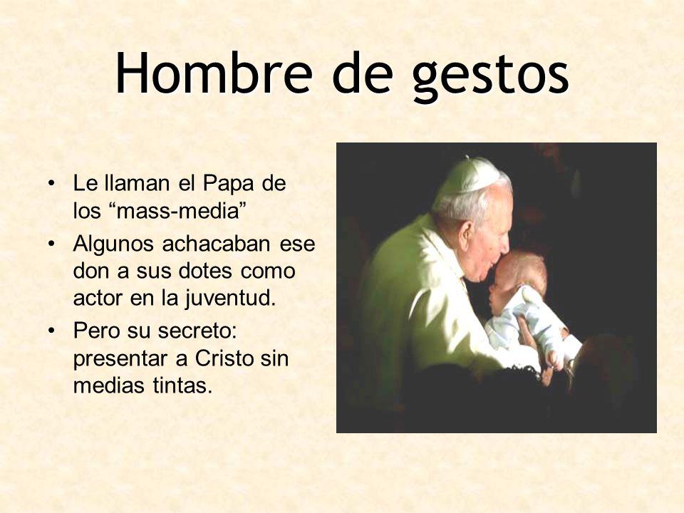 Hombre de gestos Le llaman el Papa de los mass-media Algunos achacaban ese don a sus dotes como actor en la juventud. Pero su secreto: presentar a Cri