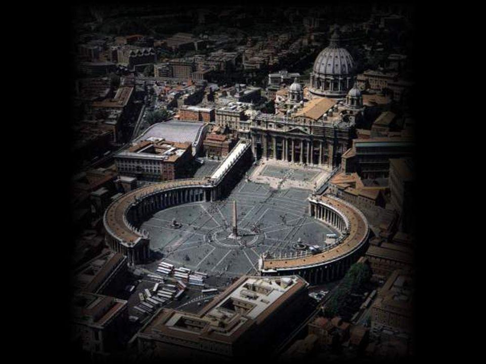 Para lograr su misión de reconstruir el antiguo Sacro Imperio Romano, el Opus Dei necesitó captar gente influyente para su causa.