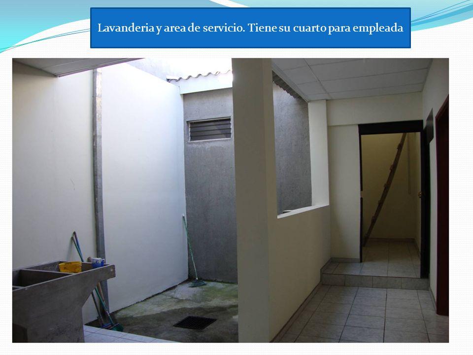 Lavanderia y area de servicio. Tiene su cuarto para empleada