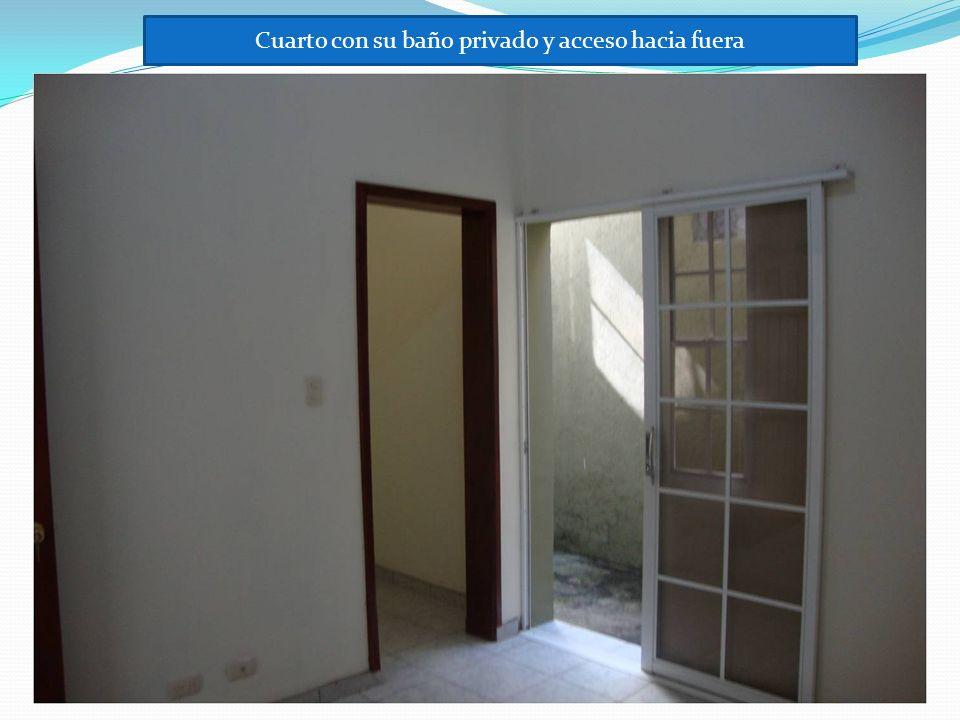 Cuarto con su baño privado y acceso hacia fuera