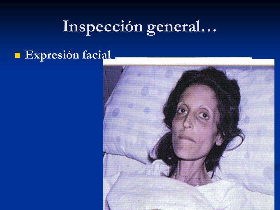 Inspección general.. Postura y actitud del paciente