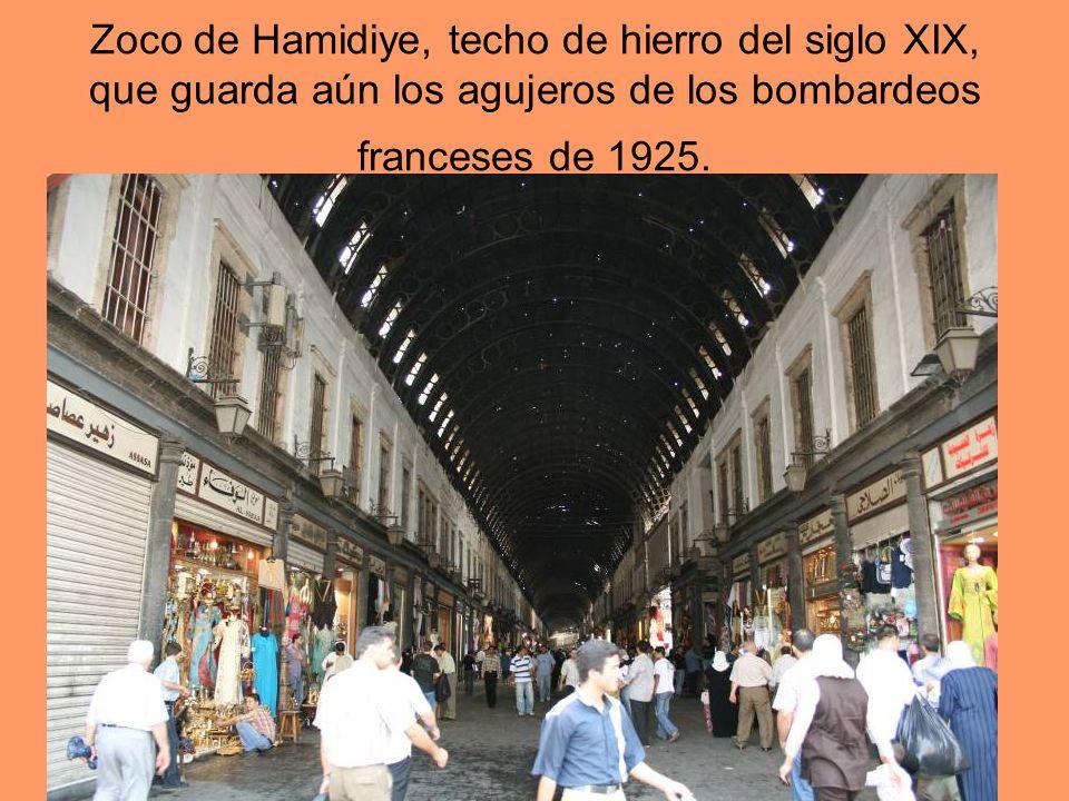 Zoco de Hamidiye, techo de hierro del siglo XIX, que guarda aún los agujeros de los bombardeos franceses de 1925.