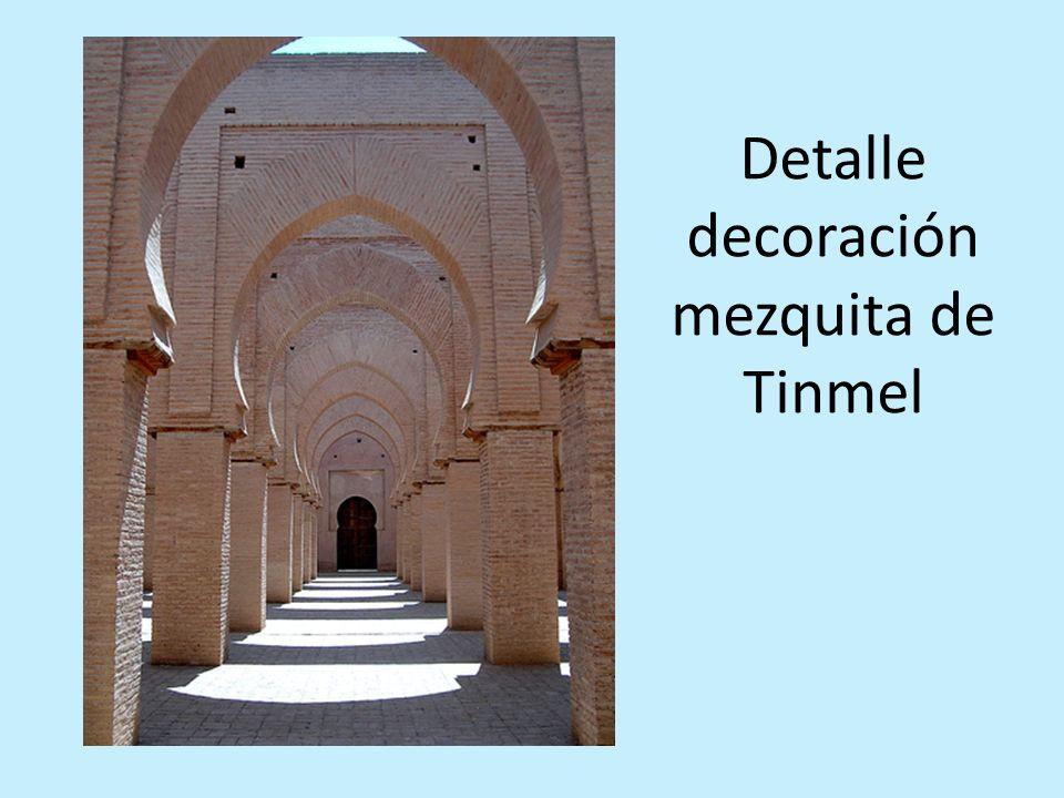 Detalle decoración mezquita de Tinmel