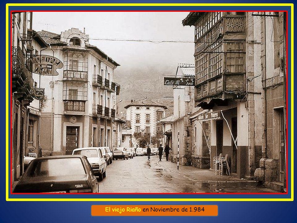 Riaño es un municipio de la provincia de León, situado al noreste de la misma, a los pies de la Cordillera Cantábrica cerca de los Picos de Europa, a
