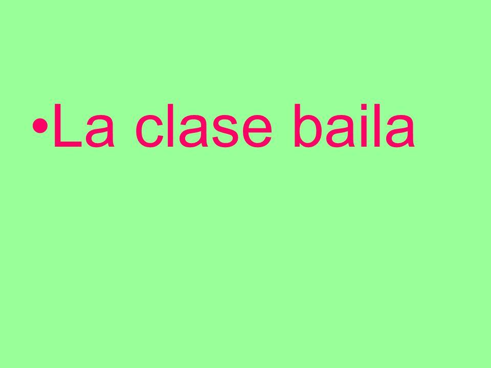 La clase baila