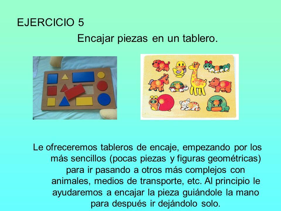 EJERCICIO 6 Pasar arena de un recipiente a otro.