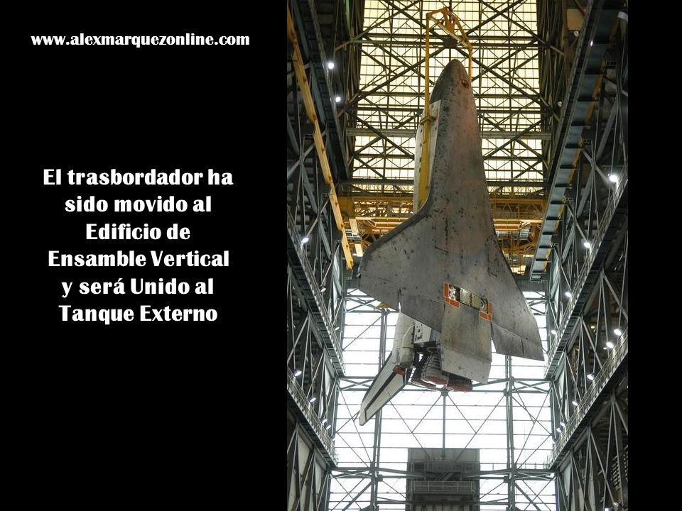 El trasbordador ha sido movido al Edificio de Ensamble Vertical y será Unido al Tanque Externo www.alexmarquezonline.com