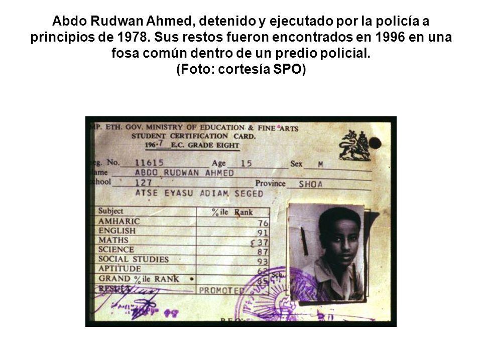 Abdo Rudwan Ahmed, detenido y ejecutado por la policía a principios de 1978. Sus restos fueron encontrados en 1996 en una fosa común dentro de un pred