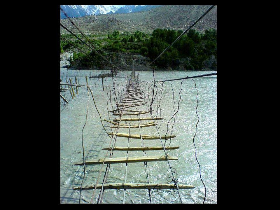 Otro puente colgante en Filipinas