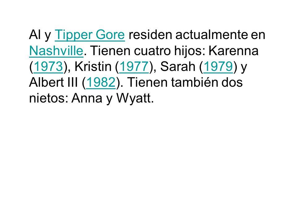 Al y Tipper Gore residen actualmente en Nashville. Tienen cuatro hijos: Karenna (1973), Kristin (1977), Sarah (1979) y Albert III (1982). Tienen tambi