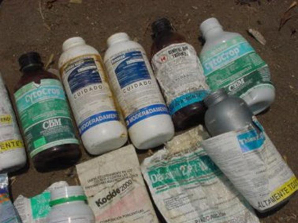 Clasificación según los riesgos Clasificación del peligro Color de la banda Leyenda CLASE 1 a Producto sumamente peligroso Muy tóxicoRojo Muy tóxico C