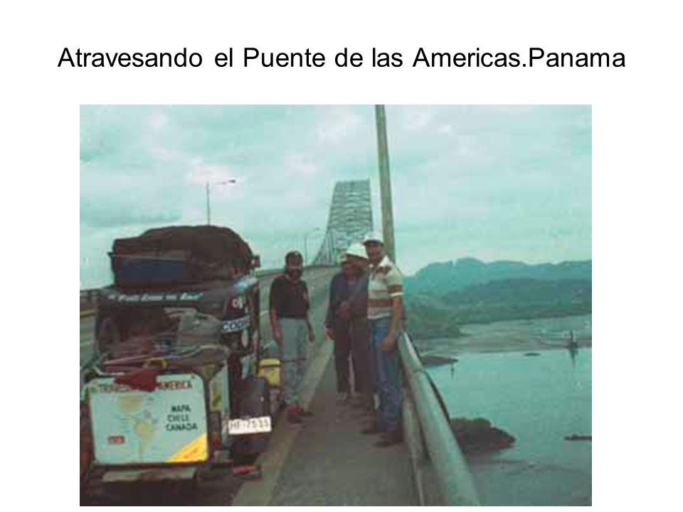 Atravesando el Puente de las Americas.Panama