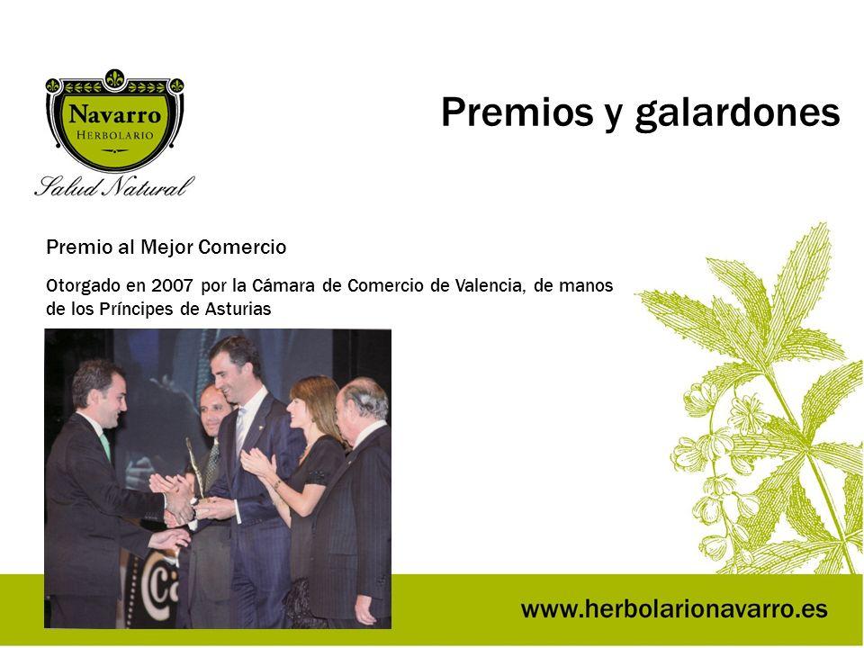 Premios y galardones Premio al Mejor Comercio Otorgado en 2007 por la Cámara de Comercio de Valencia, de manos de los Príncipes de Asturias