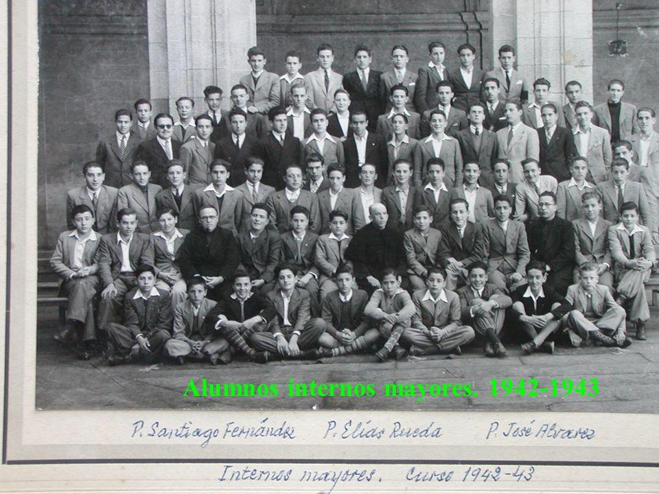 Alumnos internos mayores. 1942-1943