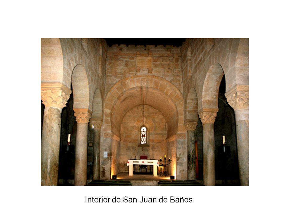 Interior de San Juan de Baños