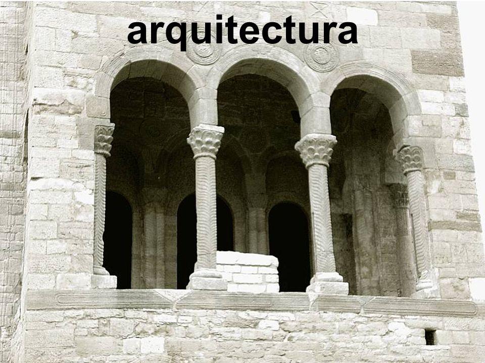 arquitectura 2.1. CARACTERÍSTICAS GENERALES 2.1. CARACTERÍSTICAS GENERALES Planta
