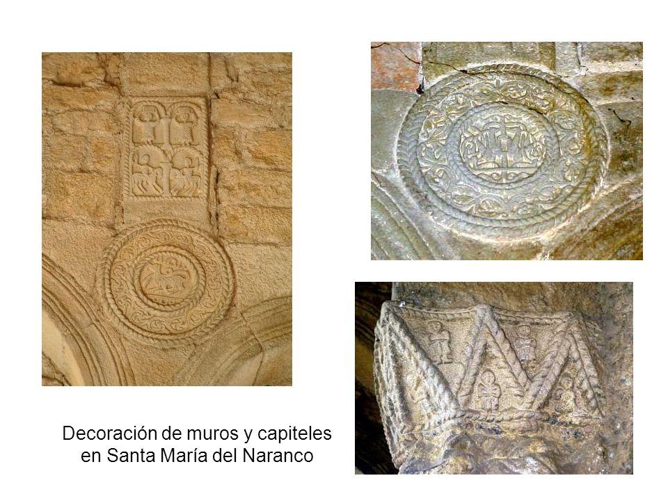 Decoración de muros y capiteles en Santa María del Naranco