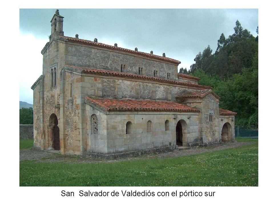 San Salvador de Valdediós con el pórtico sur