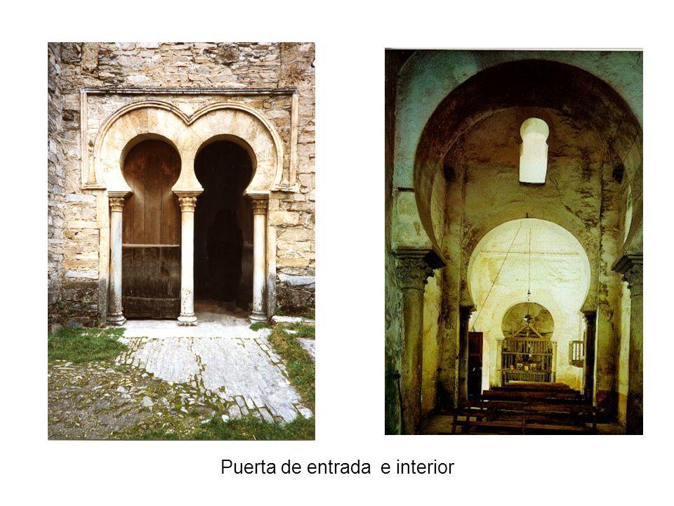 Puerta de entrada e interior
