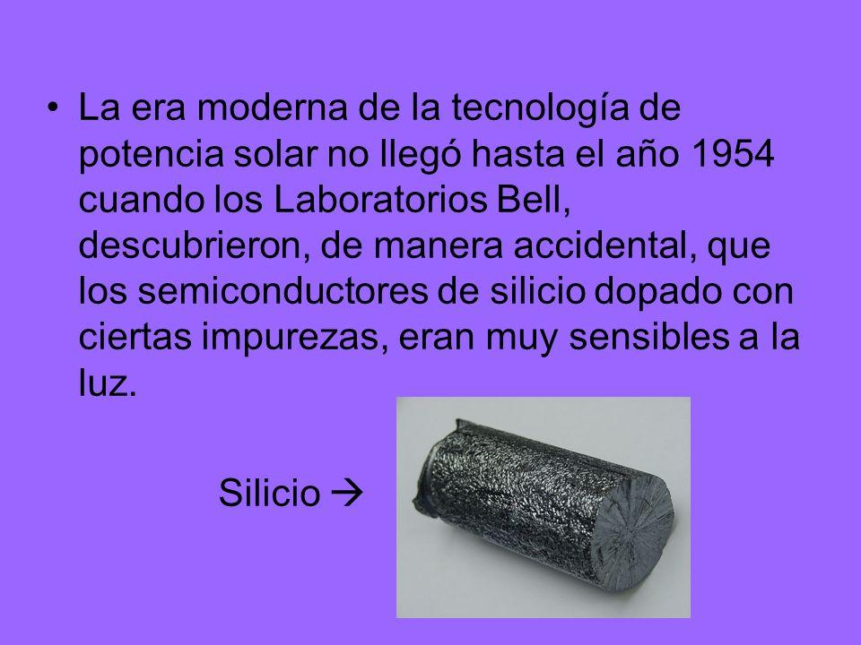 La era moderna de la tecnología de potencia solar no llegó hasta el año 1954 cuando los Laboratorios Bell, descubrieron, de manera accidental, que los