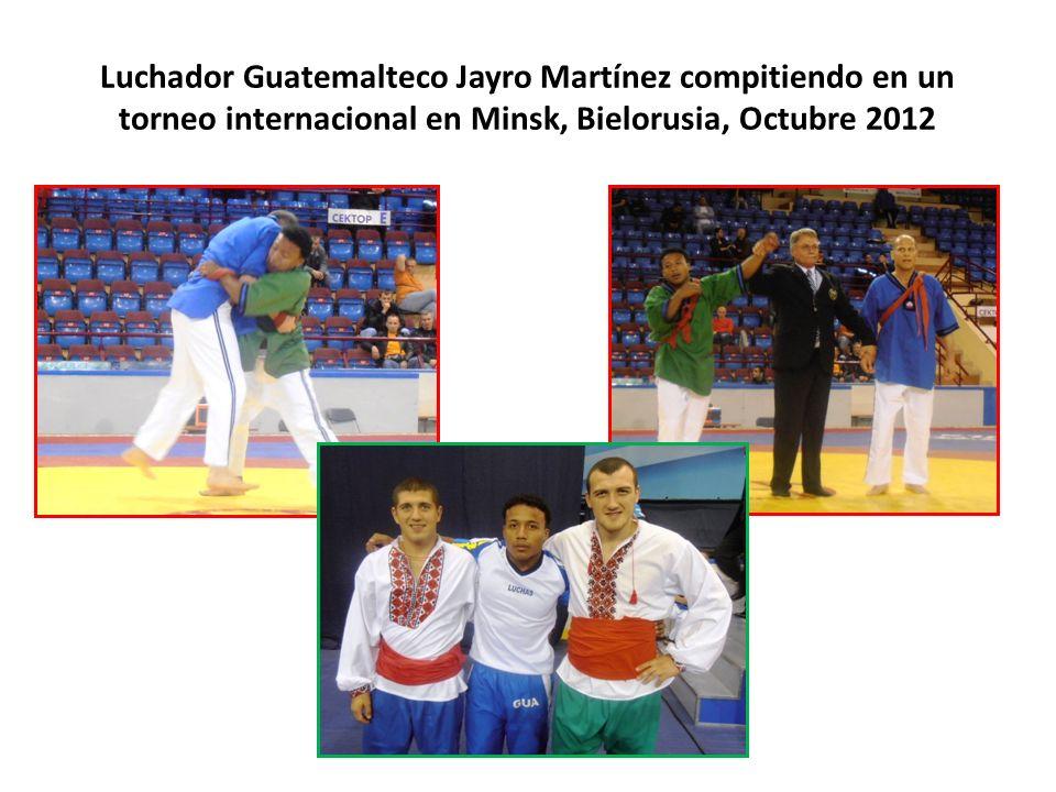 Luchador Guatemalteco Jayro Martínez compitiendo en un torneo internacional en Minsk, Bielorusia, Octubre 2012