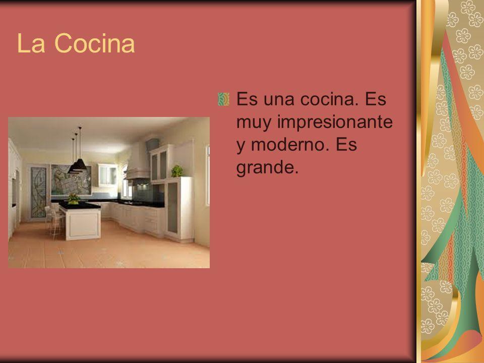 La Cocina Es una cocina. Es muy impresionante y moderno. Es grande.