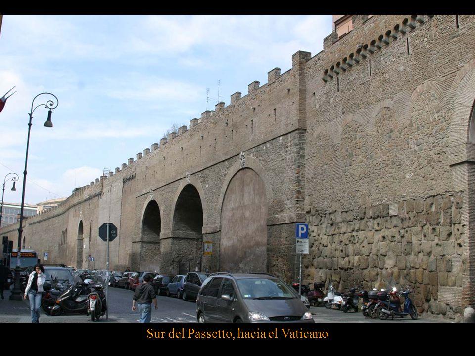 Norte del Passetto junto al puente del Ángel