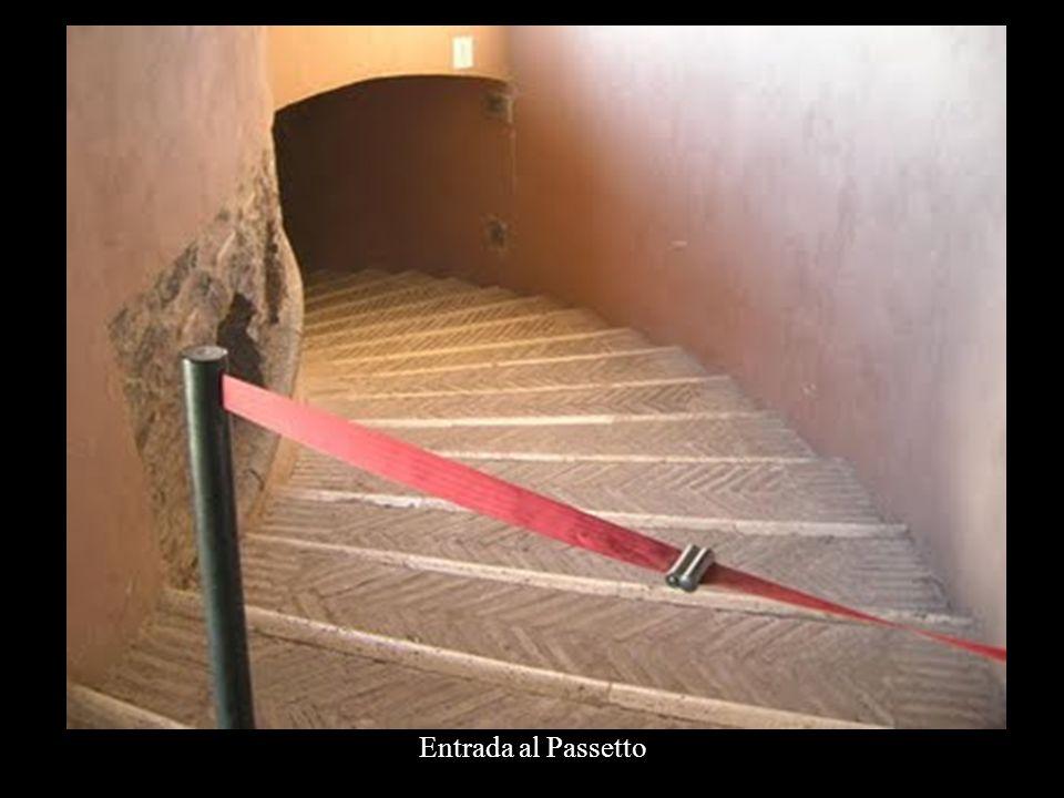 En esta imagen se aprecia la longitud del pasadizo, marcado en una línea roja