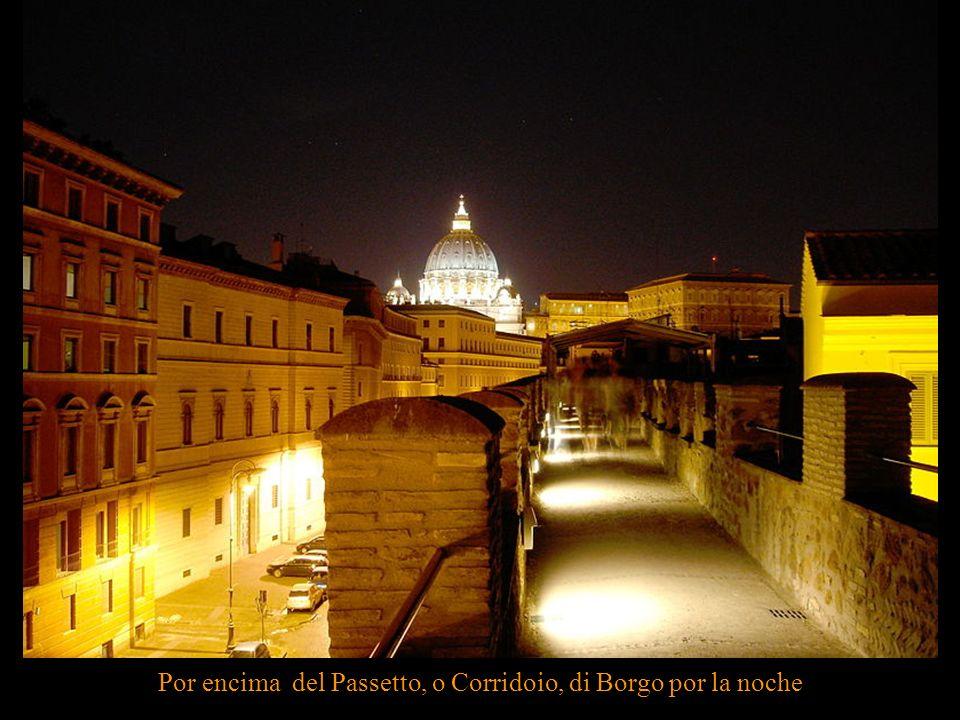 El origen de la muralla del Passetto se remonta a mediados del siglo VI.