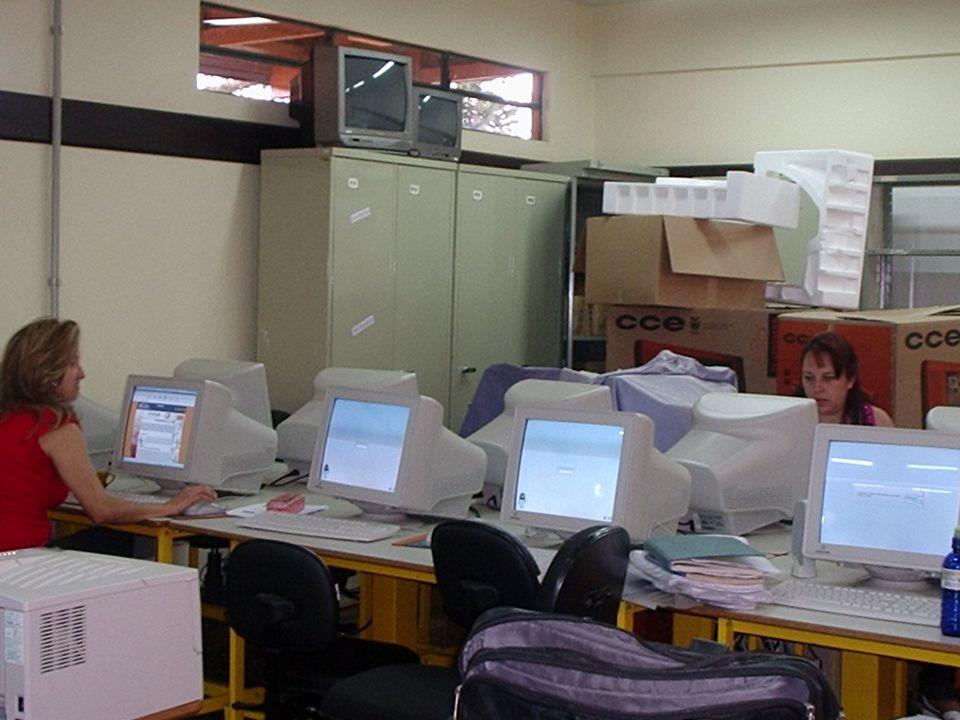 Colégio Estadual Liane Marta da Costa NRE - Guarapuava