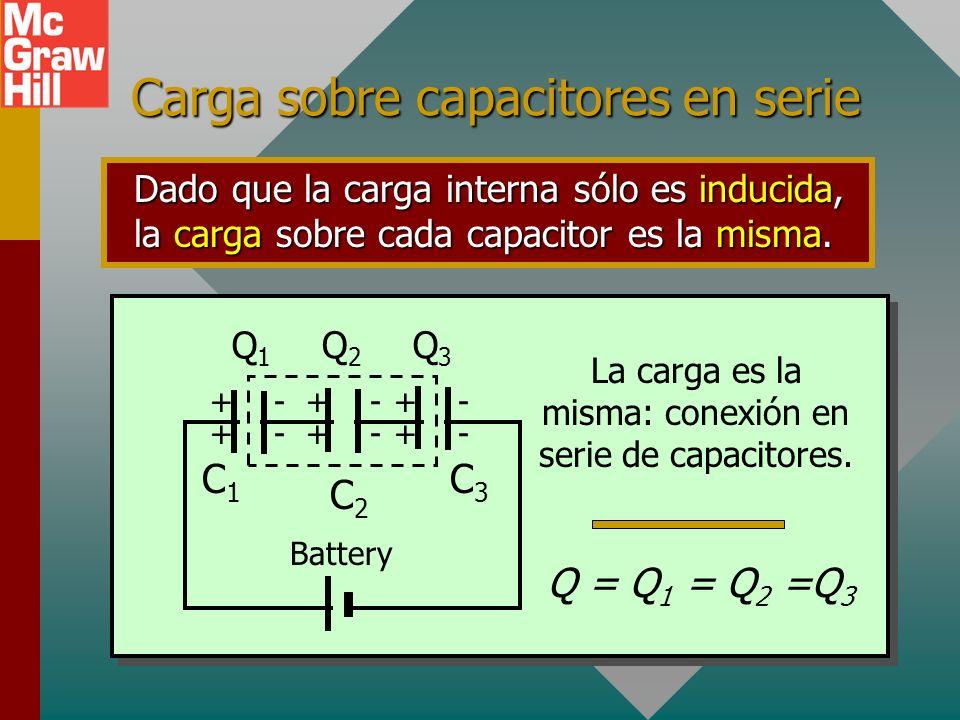 Circuitos en serie Los capacitores u otros dispositivos conectados a lo largo de una sola trayectoria se dice que están conectados en serie. Vea el ci