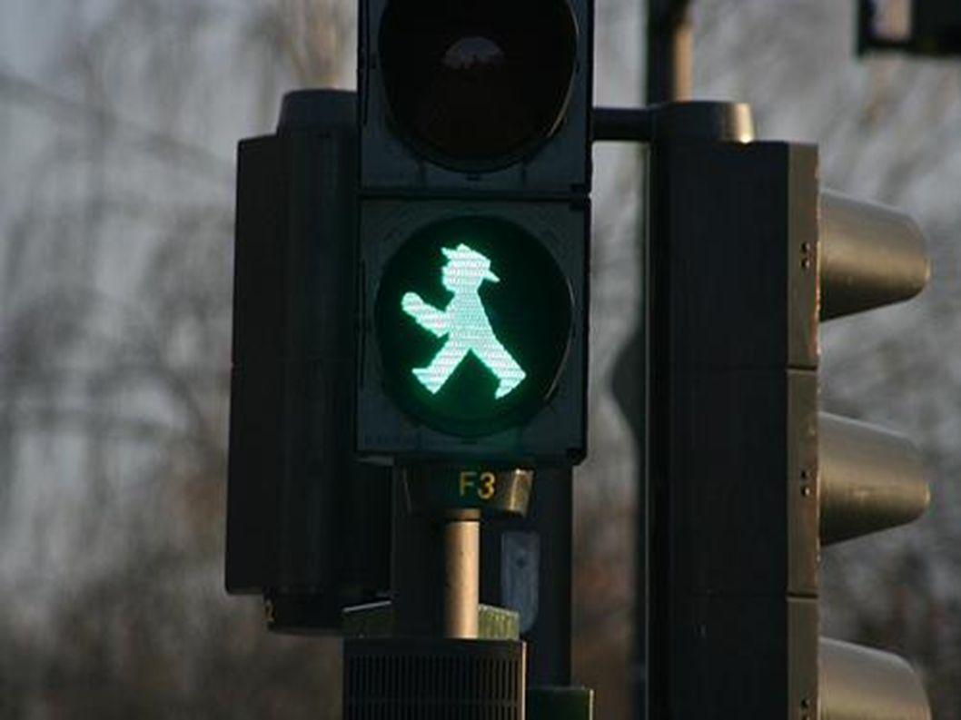 Fußgänger dürfen gehen.