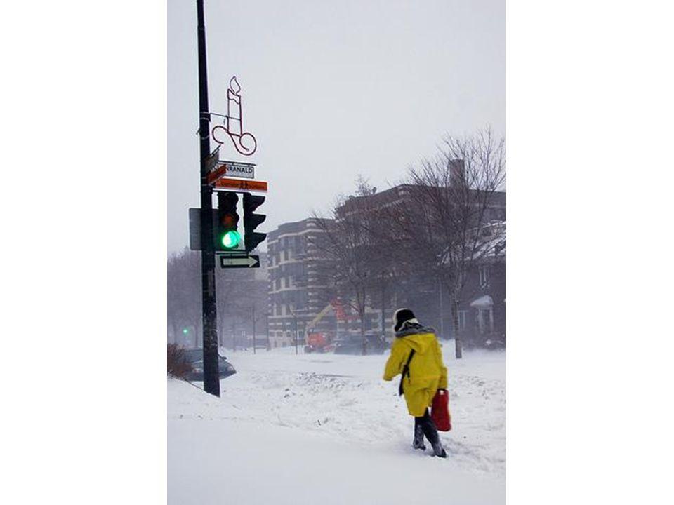 Ampel im Schnee.