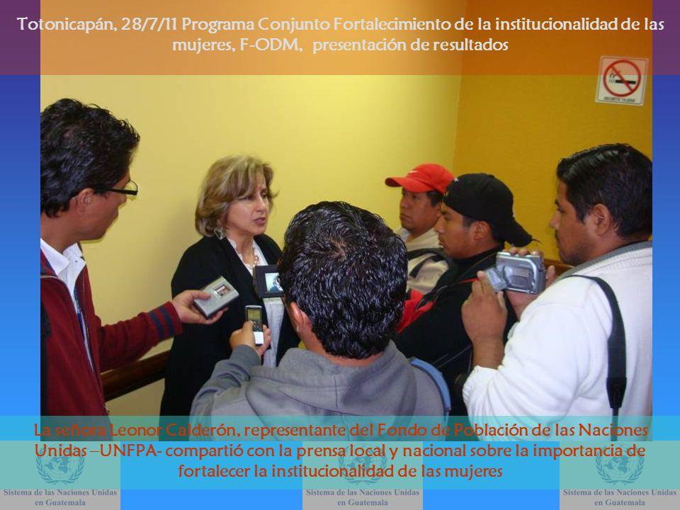 La señora Leonor Calderón, representante del Fondo de Población de las Naciones Unidas –UNFPA- compartió con la prensa local y nacional sobre la impor