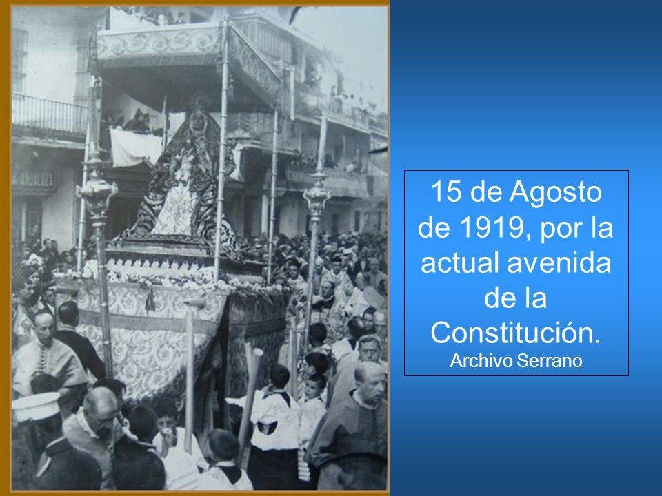 15 de Agosto de 1919, por la actual avenida de la Constitución. Archivo Serrano
