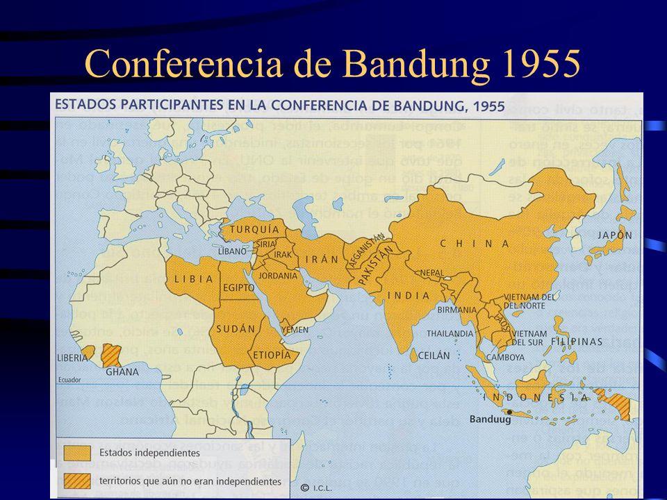 Pacifismo El derecho de vivir poeta Ho Chi Minh, que golpea de Vietnam a toda la humanidad. Ningún cañón borrará el surco de tu arrozal. El derecho de