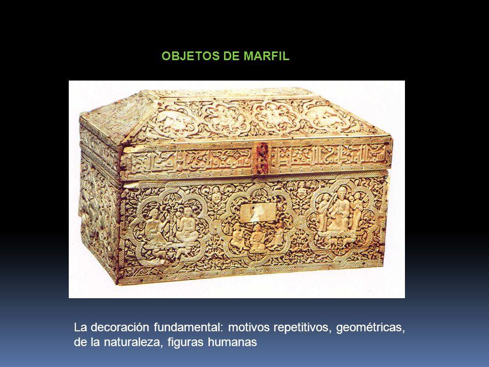 OBJETOS DE MARFIL La decoración fundamental: motivos repetitivos, geométricas, de la naturaleza, figuras humanas