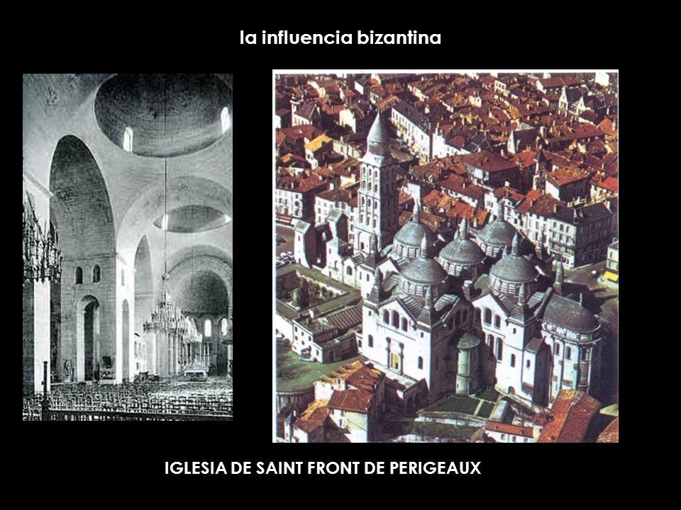 la influencia bizantina IGLESIA DE SAINT FRONT DE PERIGEAUX