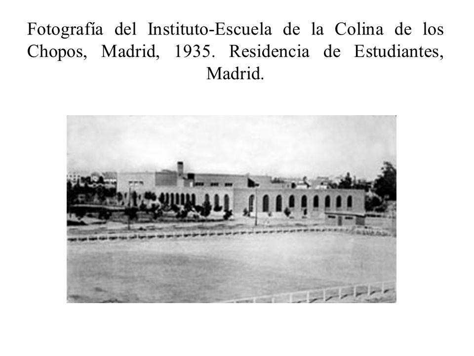 Fotografía del Instituto-Escuela de la Colina de los Chopos, Madrid, 1935. Residencia de Estudiantes, Madrid.