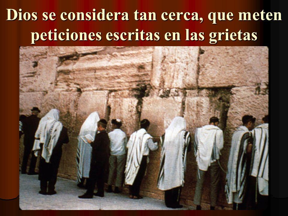 Muro de Lamentaciones El Templo quedó atrás de este muro. Es un lugar santo para oración. Lado de hombres Lado de mujeres