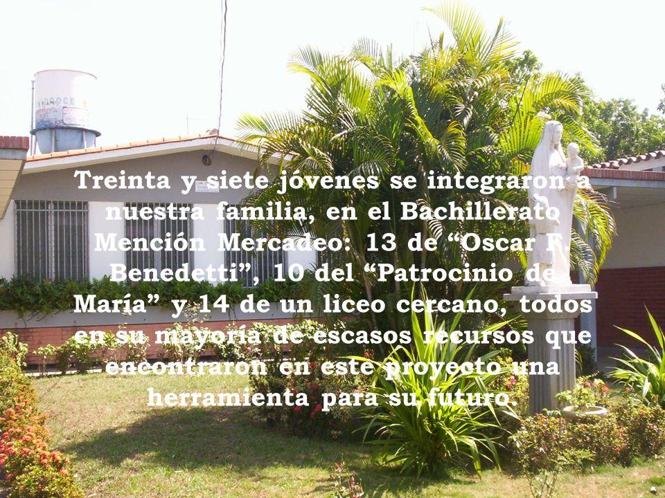Treinta y siete jóvenes se integraron a nuestra familia, en el Bachillerato Mención Mercadeo: 13 de Oscar F. Benedetti, 10 del Patrocinio de María y 1