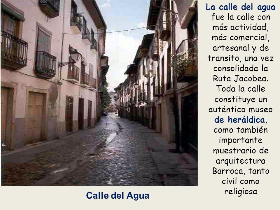 Convento de La Anunciada Fue fundada por el Marqués de Villafranca en 1.606 para una hija suya. Se edificó sobre un antiguo hospital de peregrinos